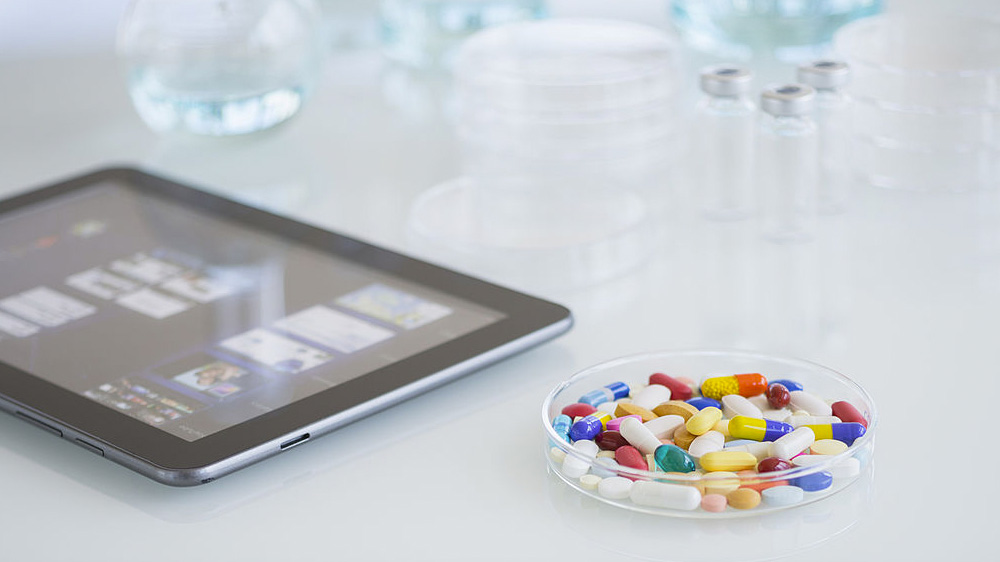 Comment les entreprises pharmaceutiques vont faire avancer la recherche grâce au Cognitive Search