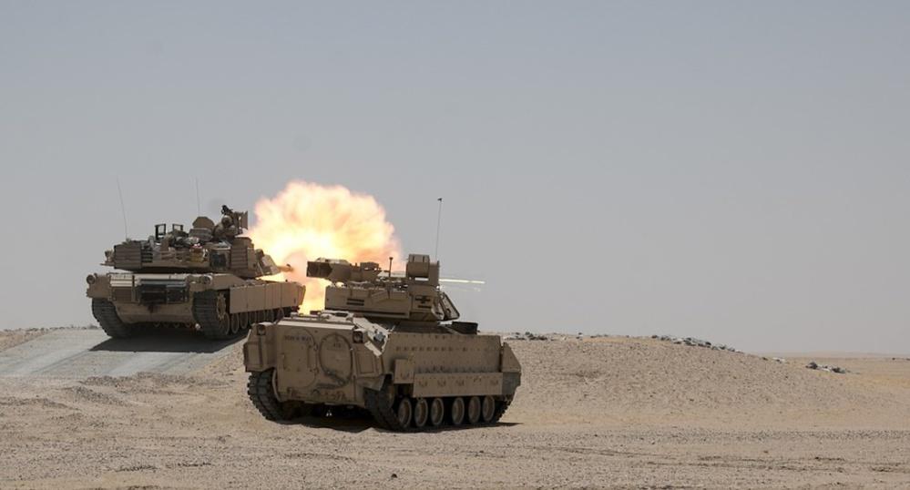En utilisant Neo4j, l'achat de millions de pièces d'équipement par l'armée américaine s'accélère, devient plus économique et plus efficace