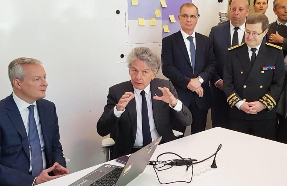 De gauche à droite : Bruno Le Maire, Ministre de l'Economie et des Finances, Thierry Breton, Président-Directeur Général d'Atos, Arnaud Bazin, Sénateur du Val d'Oise, Benjamin Chkroun, Conseiller régional d'Île-de-France, Jean-Yves Latournerie, Préfet d'Ile de France