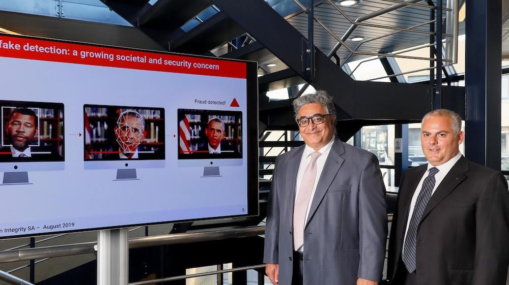 Touradj Ebrahimi, professeur de l'EPFL, et Anthony Sahakian, CEO de Quantum Integrity, collaborent pour sortir un logiciel de détection des deepfake universel.© 2019 Alain Herzog