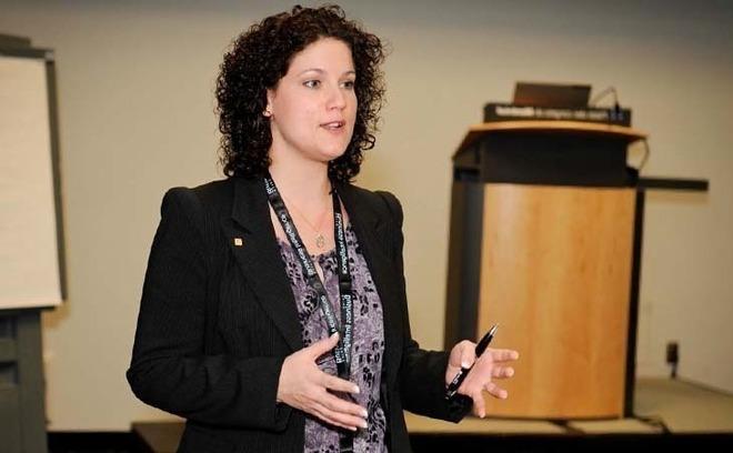 Manon G. Guillemette, Professeure agrégée à l'Université de Sherbrooke (Photo Copyright Salon BI)