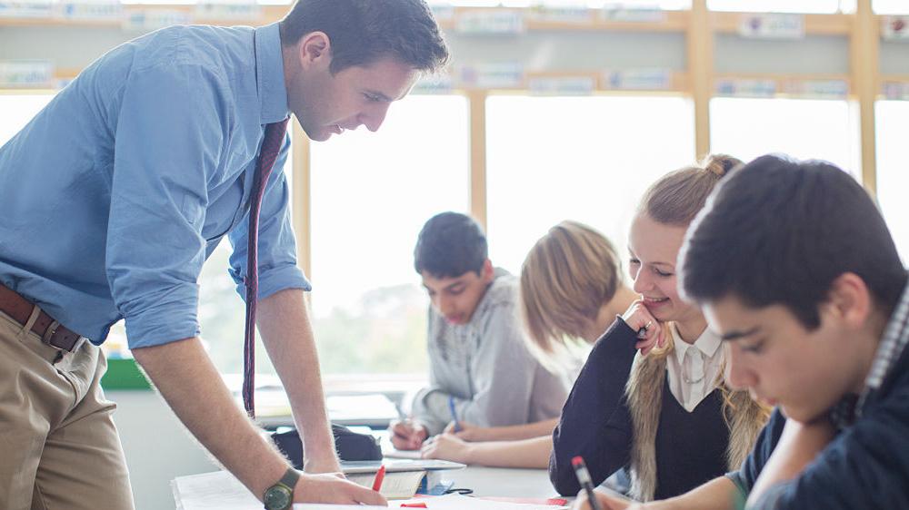 La Fondation IBM, l'AFT et des leaders de l'éducation collaborent pour mettre Watson au service des enseignants