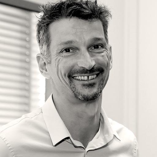 Olivier FABRE, Social Intelligence
