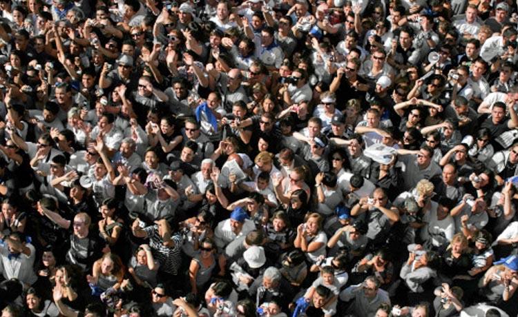 10 000 selon la police, 20 000 selon les organisateurs :<br>16 450 le vrai chiffre ?