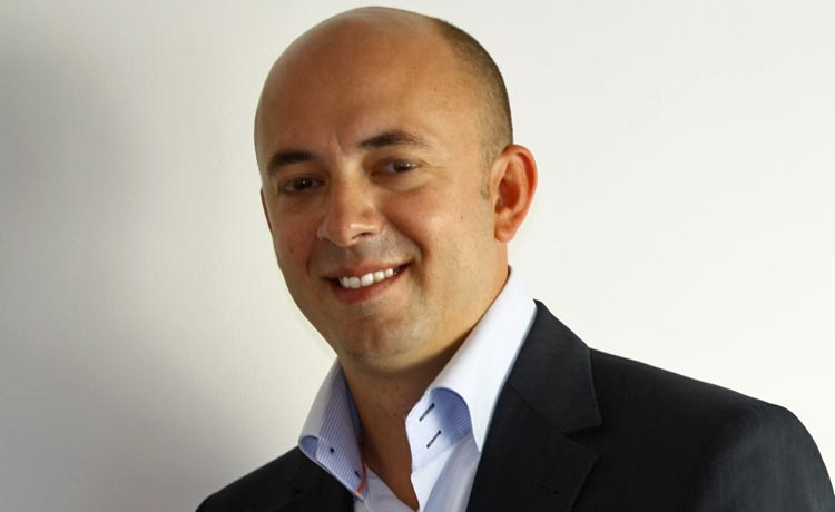 Emmanuel Poncet, Zebestof