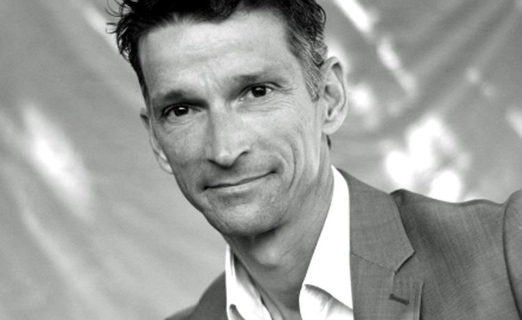 Olivier FABRE, Directeur Commercial de SocialIntelligence